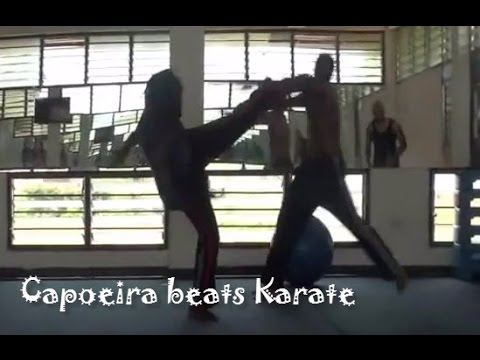 CAPOEIRA BEATS KARATE (KICK TO THE JAW)!